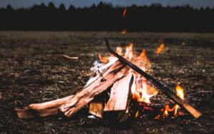 Darmstadt: Lagerfeuerabend mit Meditation & Klang @ Gelände von Menschenskinder – Werkstatt für Familienkultur e.V. (bei schlechtem Wetter gibt es eine Jurte zum Unterstellen)
