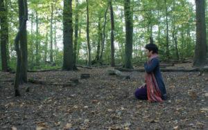 Darmstadt: Natur achtsam erkunden - Yoga und Achtsamkeit im Wald @ Treffpunkt: Straßenbahnhaltestelle Borsdorffstraße der Linie 5 Darmstadt (Kranichstein)
